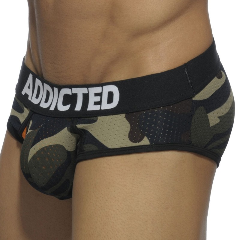 Slip Contrasted Mesh Camouflage